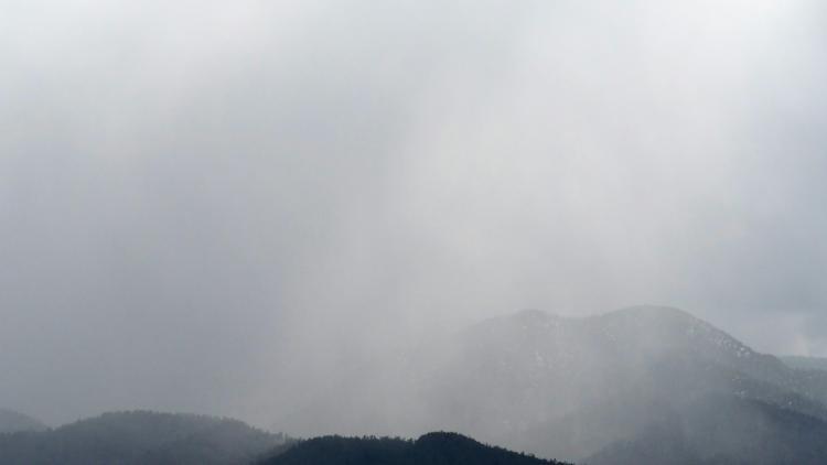 Gray Sky 016